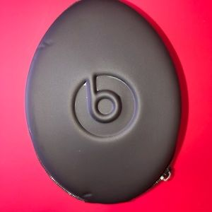 Beats headphone case
